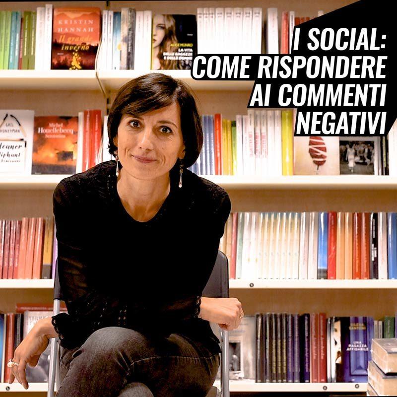Come rispondere ai commenti negativi sui social?